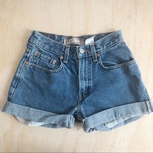 Levi's | vintage high waist denim shorts
